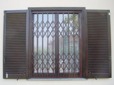 Cancelli estensibili - Cancelli di sicurezza per porte finestre ...